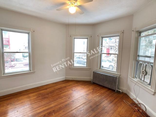 3 Bedrooms, Egleston Square Rental in Boston, MA for $2,500 - Photo 1