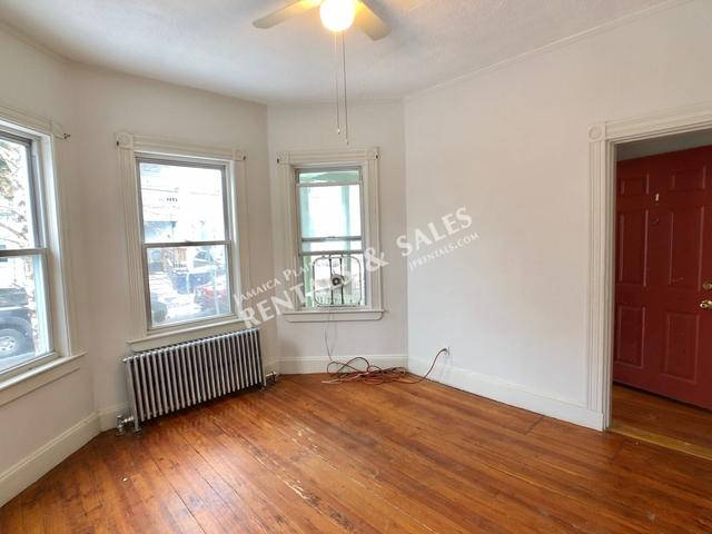 3 Bedrooms, Egleston Square Rental in Boston, MA for $2,500 - Photo 2