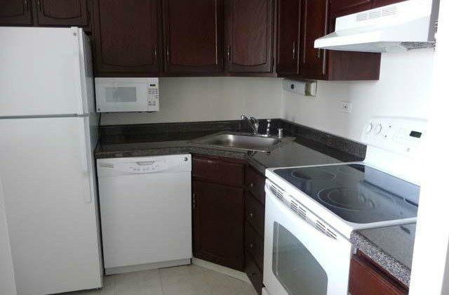 2 Bedrooms, Gold Coast Rental in Chicago, IL for $3,800 - Photo 1