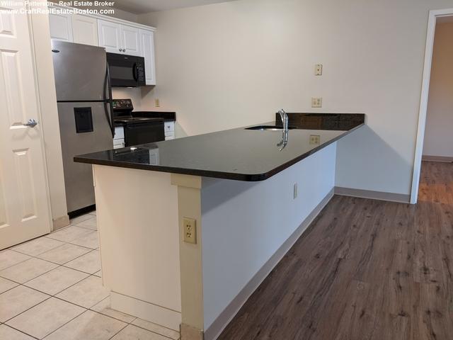 2 Bedrooms, Malden Center Rental in Boston, MA for $2,350 - Photo 2