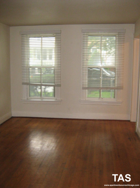 2 Bedrooms, Roscoe Village Rental in Chicago, IL for $1,350 - Photo 2