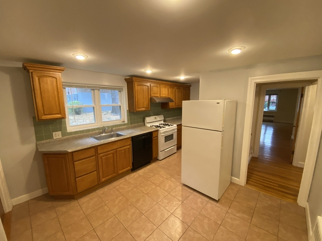 2 Bedrooms, Thompsonville Rental in Boston, MA for $2,050 - Photo 2