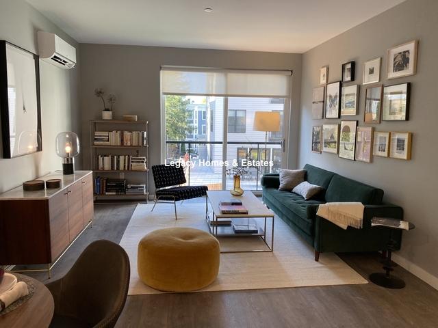 2 Bedrooms, Egleston Square Rental in Boston, MA for $2,997 - Photo 2