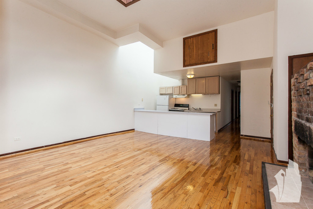 3 Bedrooms, Wrightwood Rental in Chicago, IL for $2,995 - Photo 2