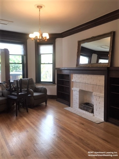 3 Bedrooms, Ravenswood Rental in Chicago, IL for $1,985 - Photo 2