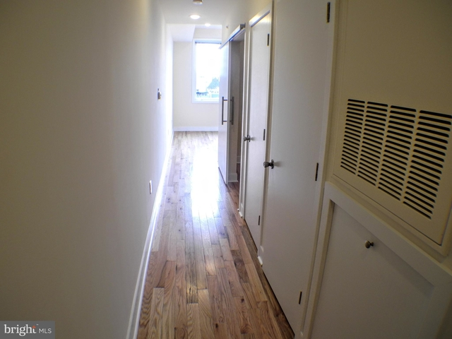 1 Bedroom, Rittenhouse Square Rental in Philadelphia, PA for $1,370 - Photo 2