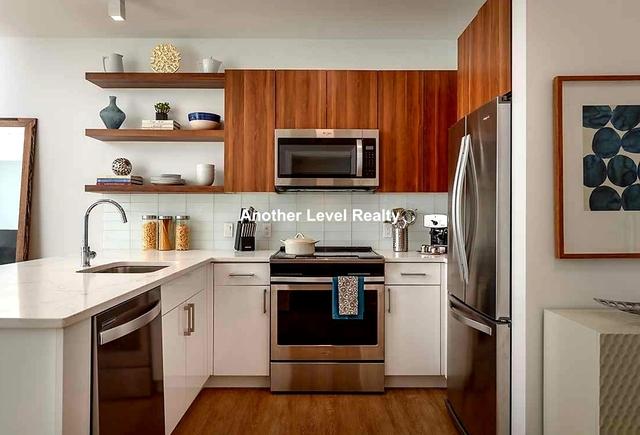 2 Bedrooms, Washington Park Rental in Boston, MA for $3,668 - Photo 1