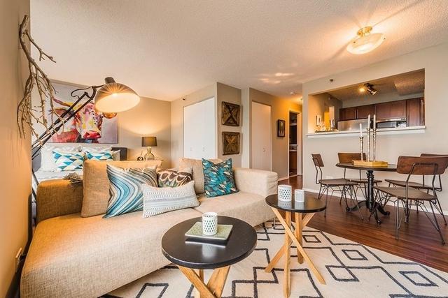 Studio, Gold Coast Rental in Chicago, IL for $1,700 - Photo 1