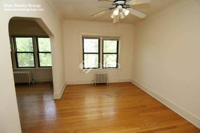 2 Bedrooms, Roscoe Village Rental in Chicago, IL for $1,550 - Photo 2
