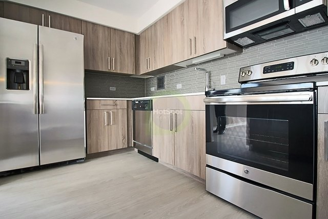 2 Bedrooms, University Village - Little Italy Rental in Chicago, IL for $2,592 - Photo 2