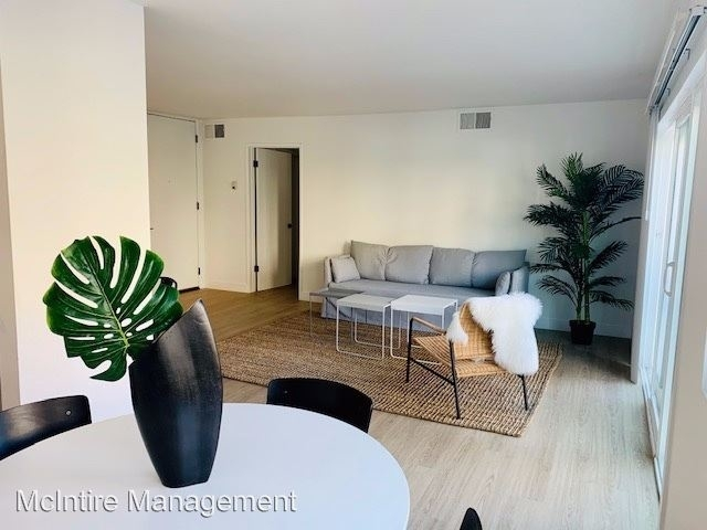 2 Bedrooms, Westwood North Village Rental in Los Angeles, CA for $3,850 - Photo 2