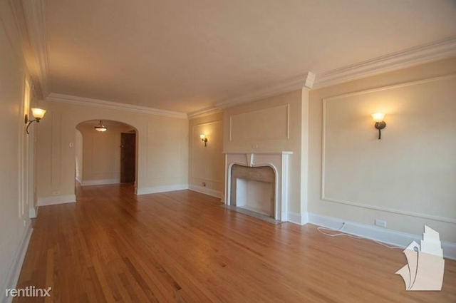 2 Bedrooms, Gold Coast Rental in Chicago, IL for $2,505 - Photo 2