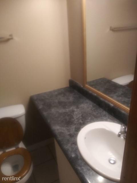 1 Bedroom, Sandy Springs Rental in Atlanta, GA for $800 - Photo 2