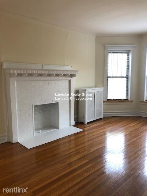 4 Bedrooms, Hyde Park Rental in Chicago, IL for $2,450 - Photo 1