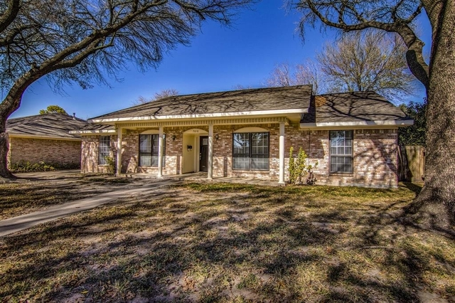 4 Bedrooms, Maplewood West Rental in Houston for $1,700 - Photo 2