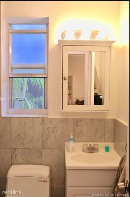 1 Bedroom, West Avenue Rental in Miami, FL for $1,400 - Photo 2