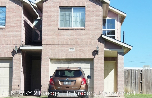 3 Bedrooms, Red Bird Center Rental in Dallas for $1,295 - Photo 1