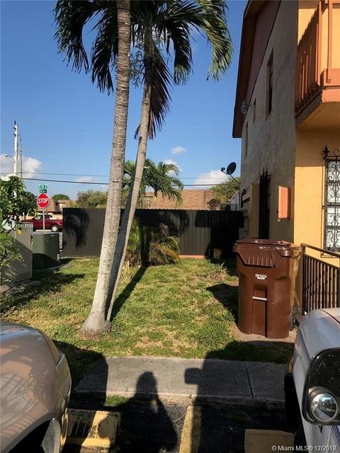 2 Bedrooms, Cielo Gardens Rental in Miami, FL for $1,500 - Photo 2
