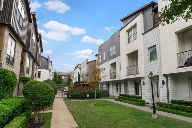 3 Bedrooms, Palo Alto Rental in Dallas for $3,500 - Photo 1