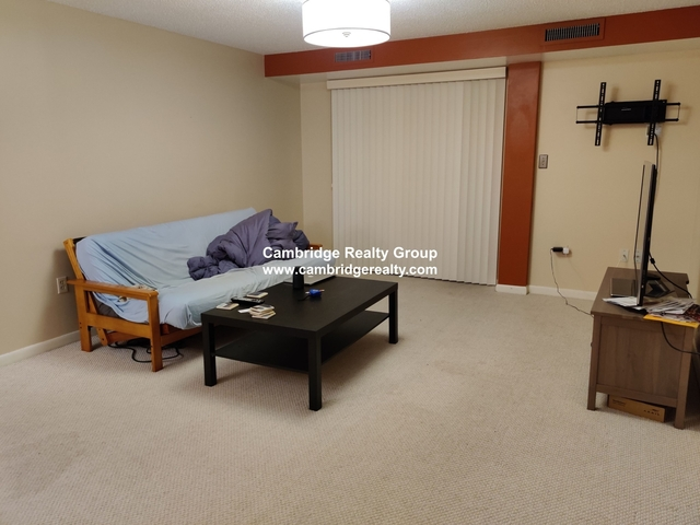 2 Bedrooms, Spring Hill Rental in Boston, MA for $3,000 - Photo 2