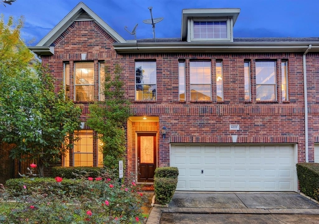 3 Bedrooms, Park at Fairdale Rental in Houston for $2,495 - Photo 1