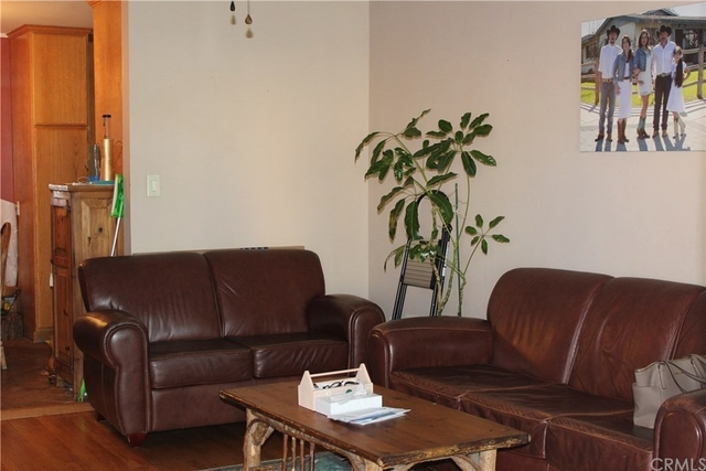 3 Bedrooms, Harbor Gateway South Rental in Los Angeles, CA for $3,000 - Photo 2
