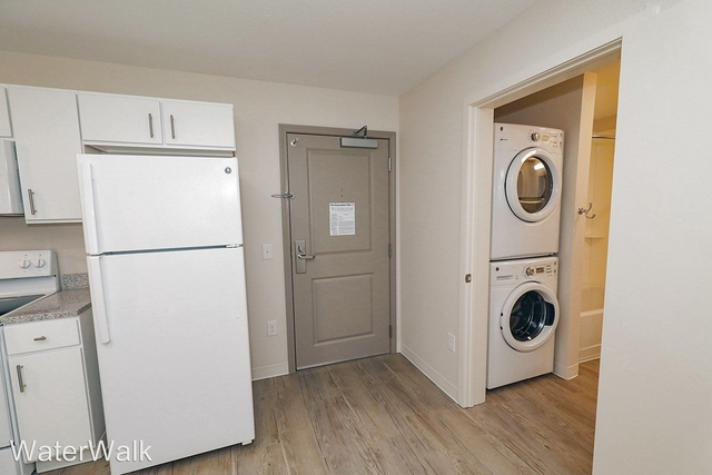 2 Bedrooms, Greenway Rental in Dallas for $1,725 - Photo 1