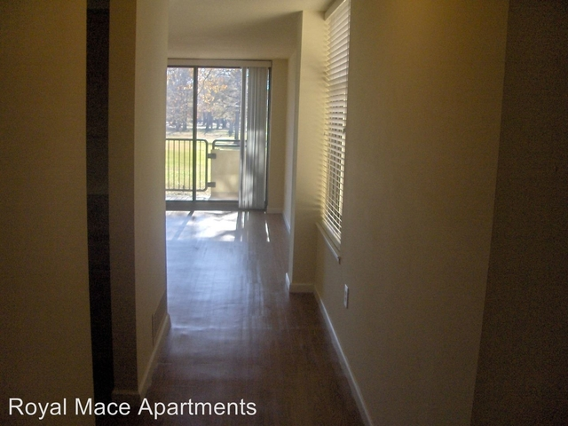2 Bedrooms, Norfolk Rental in Hampton Roads, VA for $1,276 - Photo 1