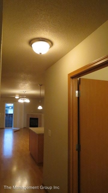 3 Bedrooms, USA Rental in  for $1,530 - Photo 2