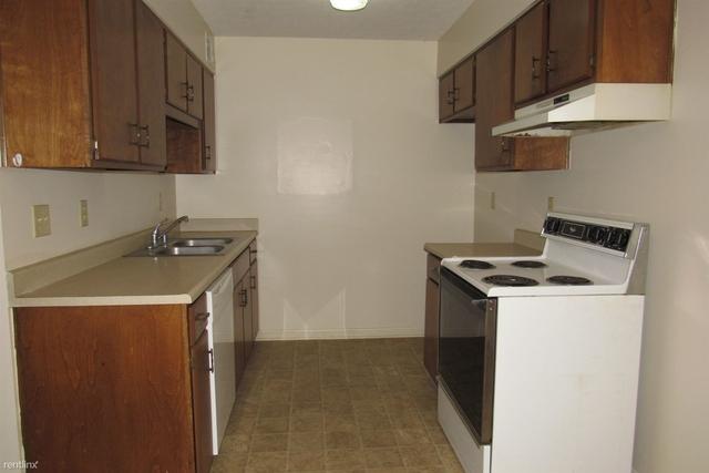 2 Bedrooms, Radcliff Rental in Elizabethtown, KY for $525 - Photo 2