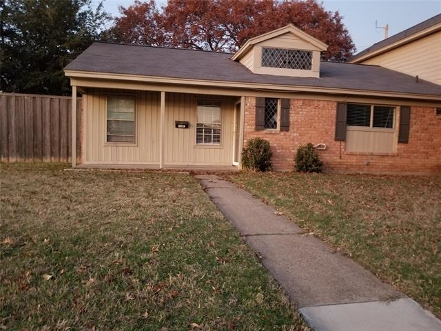 2 Bedrooms, North Crest Park Duplexes Rental in Dallas for $1,450 - Photo 1