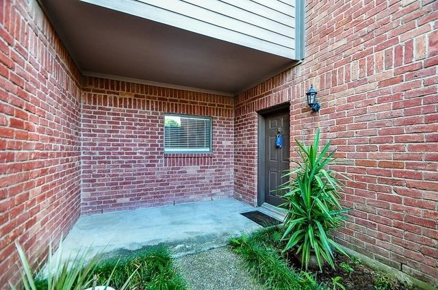 2 Bedrooms, City Place Rental in Houston for $1,850 - Photo 2