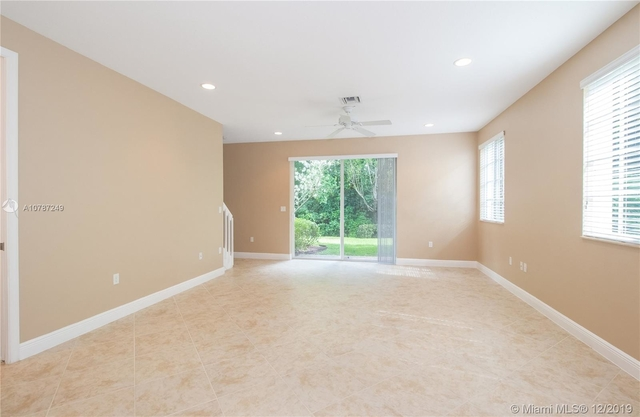 3 Bedrooms, Davie Rental in Miami, FL for $2,800 - Photo 2