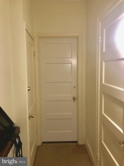 1 Bedroom, Woodley Park Rental in Washington, DC for $2,175 - Photo 2