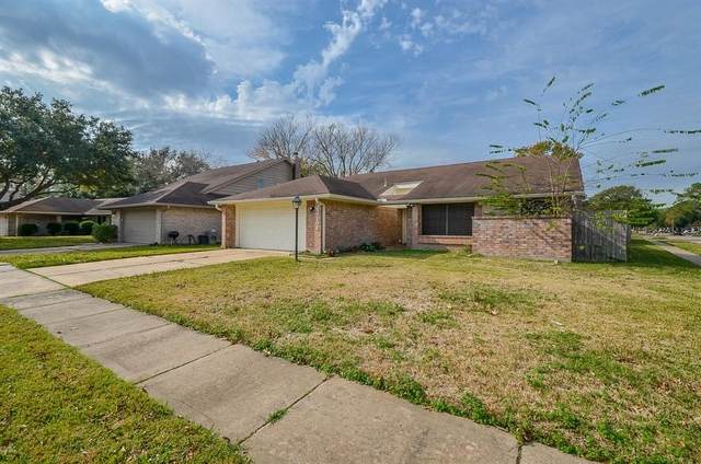 4 Bedrooms, Creekstone Rental in Houston for $1,590 - Photo 2