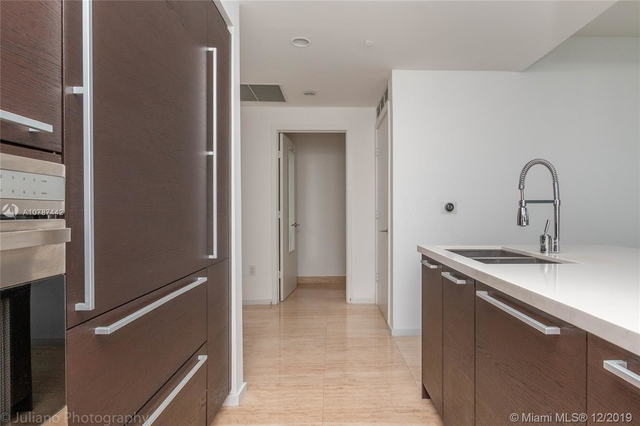 1 Bedroom, West Avenue Rental in Miami, FL for $3,000 - Photo 2