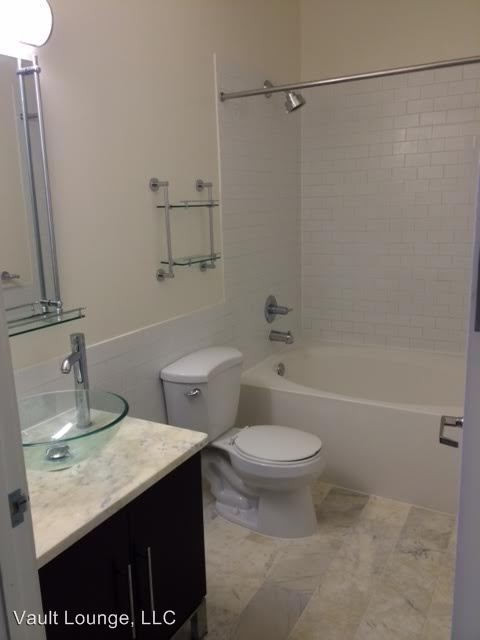 2 Bedrooms, Gallery Row Rental in Los Angeles, CA for $2,450 - Photo 1