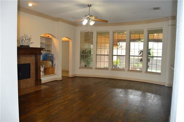 3 Bedrooms, Castle Hills Rental in Dallas for $2,550 - Photo 2