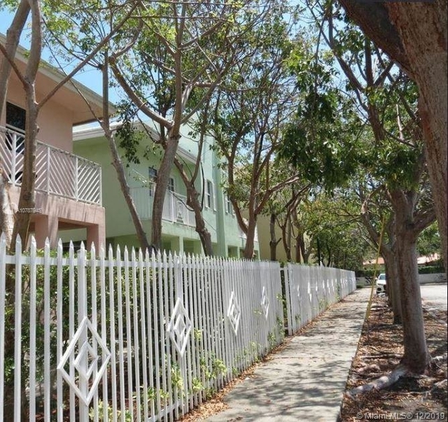 2 Bedrooms, East Little Havana Rental in Miami, FL for $2,200 - Photo 2