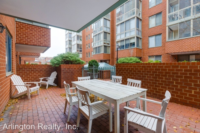 2 Bedrooms, Ballston - Virginia Square Rental in Washington, DC for $2,750 - Photo 2