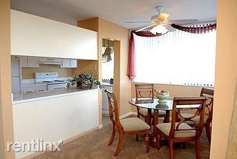 1 Bedroom, Fairways of Inverrary Rental in Miami, FL for $1,040 - Photo 2