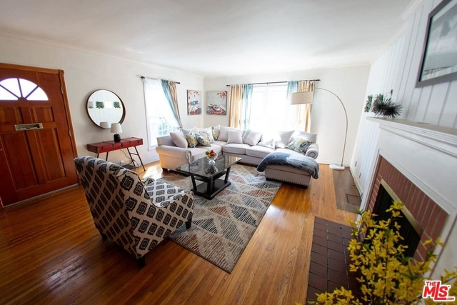 4 Bedrooms, NoHo Arts District Rental in Los Angeles, CA for $7,325 - Photo 2