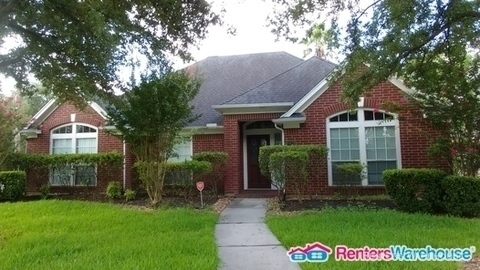 3 Bedrooms, Walden on Lake Houston Rental in Houston for $1,950 - Photo 1