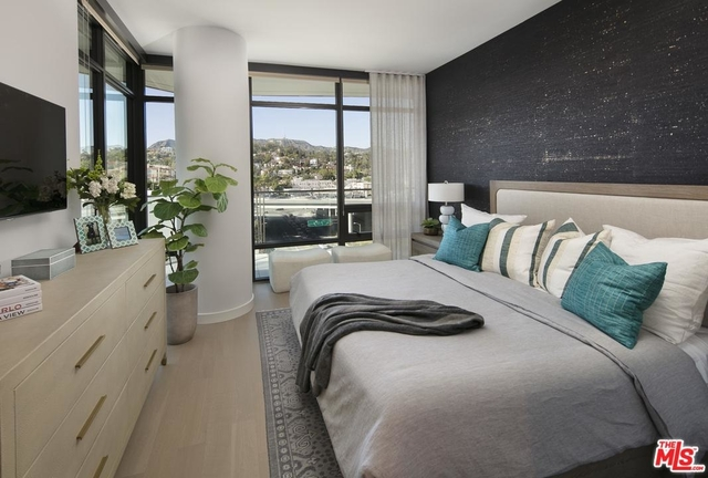 2 Bedrooms, Hollywood United Rental in Los Angeles, CA for $7,390 - Photo 2