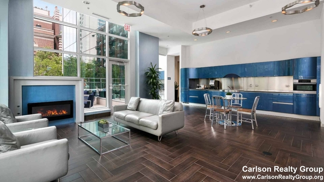 3 Bedrooms, River North Rental in Chicago, IL for $4,854 - Photo 1