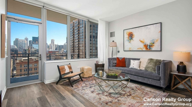3 Bedrooms, River North Rental in Chicago, IL for $4,854 - Photo 2