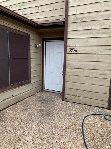 2 Bedrooms, Song Rental in Dallas for $1,000 - Photo 1