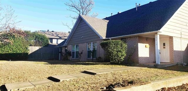 3 Bedrooms, Valley View Rental in Dallas for $1,800 - Photo 1