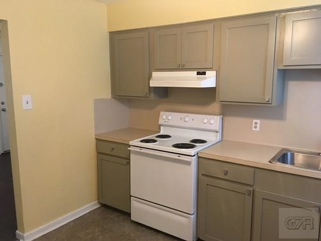 2 Bedrooms, Lindale Rental in Houston for $800 - Photo 2