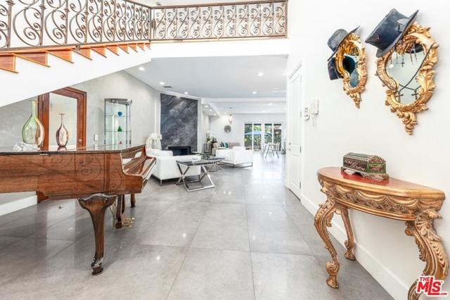 4 Bedrooms, Sherman Oaks Rental in Los Angeles, CA for $14,500 - Photo 2
